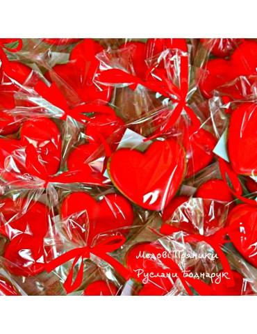 Пряники бонбоньєрки, червоні сердечка, весільні пряники купити пряники на весілля