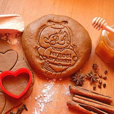 Медово-імбирне тісто